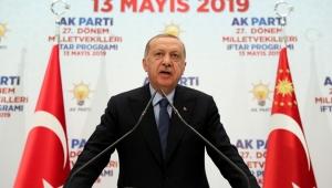 AK Parti'yi Kendi Heveslerinin Aracı Gibi Görenlerin Bu Çatı Altında Yeri Yoktur