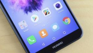 Google'dan Huawei'ye büyük şok!