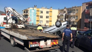 Kayseri'de iki otomobil çarpıştı: 2 yaralı