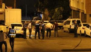 Bağcılar'da silahlı çatışma: 4 ağır yaralı