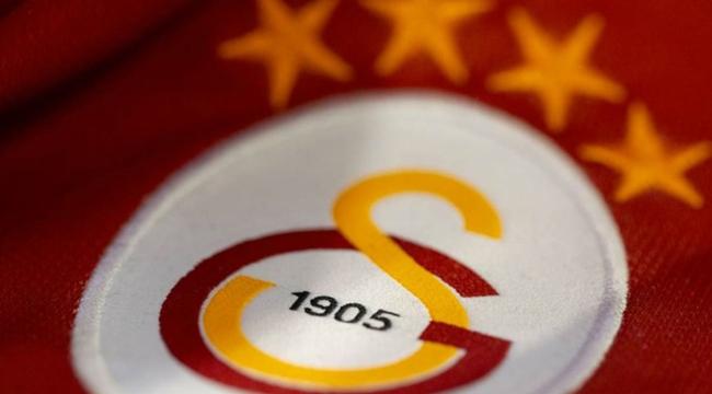 Galatasaray yeni formasını tanıttı ve satışa çıkardı