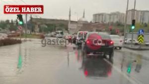 Kayseri'yi Çarşamba'da Sel Aldı