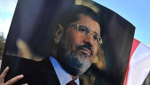 Mursi için gıyabi cenaze namazı kılınacak