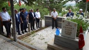 15 Temmuz şehidi, mezarı başında anıldı