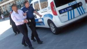 'Kanlı bez' tehdidi ile 'yağma'ya 6 yıl hapis cezası