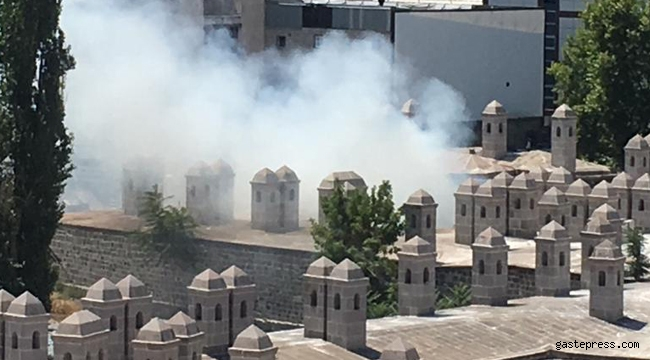 Kayseri'de Cami Kebir mahallesinde yangın