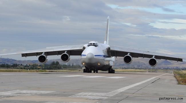 S-400'lerle ilgili son dakika gelişmesi 6. Uçak Mürted'e indi!