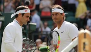 Zorlu maçta Federer, Nadal'ı 3-1 ile geçti ve finale yükseldi!