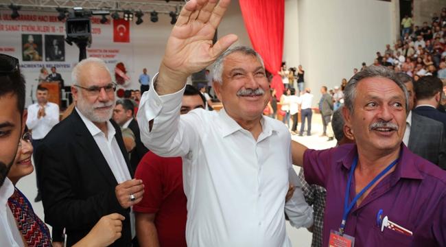 Adana Büyükşehir Belediye Başkanı Zeydan Karalar'a Hacıbektaş'ta sevgi seli vardı!