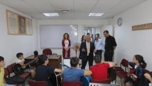 Başkan Büyükkılıç, Büyükşehir Belediyesi Konservatuvarı'nı ziyaret etti