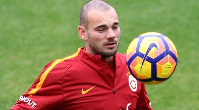 Galatasaray'ın eski futbolcusu Sneijder yeni mesleğini açıkladı!