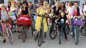 Adana'da Avrupa Hareketlilik Haftası Arabasız Gün Etkinliği Yapıldı!