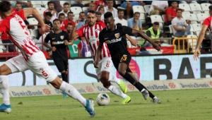 Kayserispor, Antalya'da 1 puanla dönüyor!