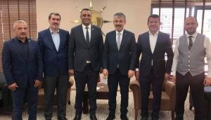 Sarıoğlan Belediye Başkanı Bekir Ayyıldırım Çopuroğlu'nu Ziyaret etti.