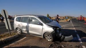 Bünyan'da trafik kazası: 1'i bebek 6 yaralı