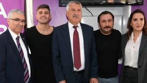 Çukur dizisinin oyuncuları hayırlı bir iş için Adana'da!