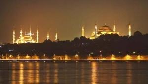 İstanbul'da 'Barış Pınarı Harekatı' için camilerde sela okundu