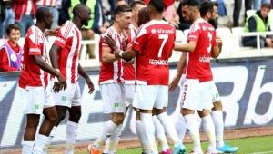 Sivasspor, Ankaragücü'nü 3-1'le rahat geçti!