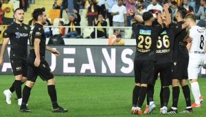 Yeni Malatyaspor, Denizli'ye gol olup yağdı!