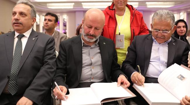 """Başkan Çolakbayrakdar, """"Yöresel Lezzetlerin Merkezi Kayseri'dir"""""""