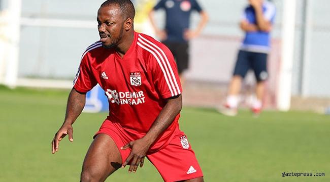 Bursaspor, Sivasspor'dan Abdou Razack Traore'yi kiraladı!