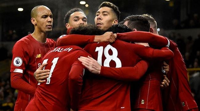 İngiltere'de Liverpool yenilmezlik serisini 40 maça çıkardı!