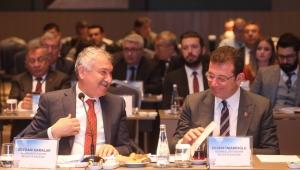 11 CHP'li Büyükşehir Belediye Başkanı Adana'da buluştu