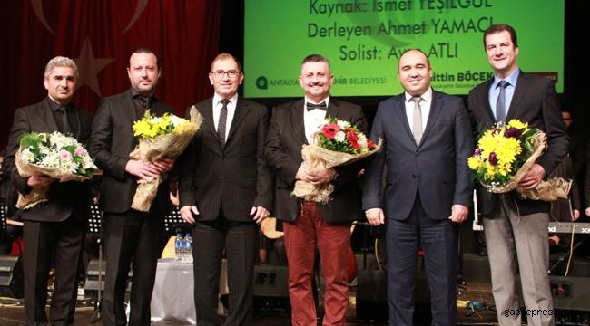 Antalya'da Sevgililer Günü'nde 'Sevda Türküleri' konseri büyüledi!