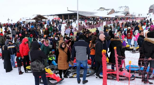 Erciyes'te hafta sonu yoğunluğu