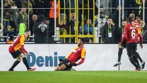 Kadıköy büyüsü bozuldu! Galatasaray, Fenerbahçe'yi deplasmanda farklı geçti!