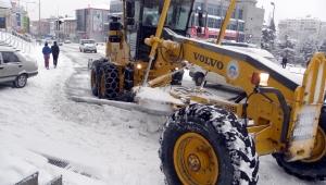 Kayseri'de 130 mahalle yolu ulaşıma kapandı