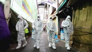 Koronavirüsün bulaştığı kişi sayısı 79 bine; ölü sayısı ise 2 bin 462 kişiye ulaştı!