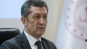 Milli Eğitim Bakanı Ziya Selçuk'un açıklamaları milyonlarca öğrenciyi ilgilendiriyor!