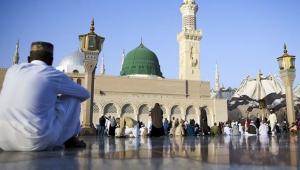 Suudi Arabistan'da yetkililer coronavirüs nedeniyle umre ziyaretlerini askıya aldı!