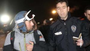 Yamaç paraşütü yapmak için çıktığı Ali Dağı'nda mahsur kaldı!