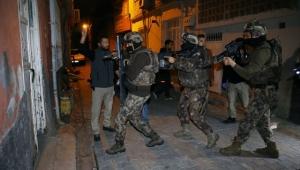 Adana'da DEAŞ ve El Kaide operasyonu: 3 gözaltı