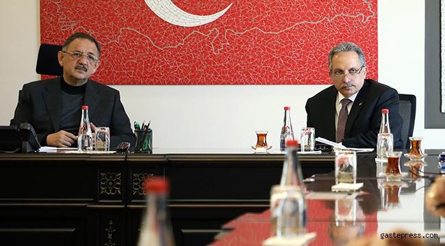 Kayseri Talas'da Başkan Mustafa Yalçın'dan Mehmet Özhaseki'ye Proje Sunumu!