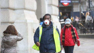İngiltere'de 24 saatte koronavirüsten 209 ölüm