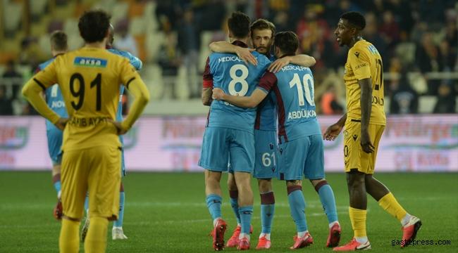 Trabzonspor Malatya'da Liderliği 3 Golle Geri Aldı!