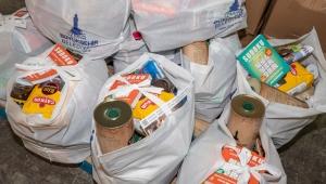 İzmir'de Geri dönüşümlü atık toplayıcılarına gıda paketi!