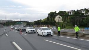 15 Temmuz Şehitler Köprüsü'nde denetim: İzin belgesi olmayan sürücüye ceza