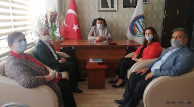 """CHP Kayseri İl Başkanı Ümit Özer, """"Pandemi İnsanı, Açlık İnsanlığı Öldürür"""""""