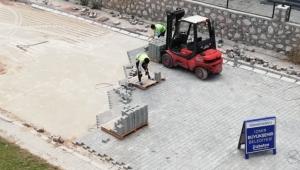 İzmir'de üç ayda 40 futbol sahası büyüklüğünde alan parke kaplandı!