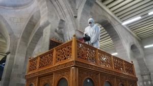 Kayseri Büyükşehir'de Dezenfekte Edilen Camiler İbadete Hazır