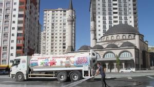 Kayseri Talas'ta Cuma Hazırlıkları Tamam