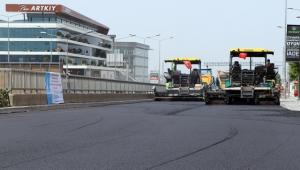 Korona günlerinde İzmir'in yollarına 418 bin ton asfalt döküldü!
