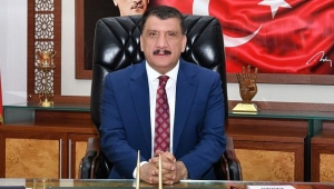 Malatya Büyükşehir Belediye Başkanı Selahattin Gürkan'dan İstanbul'un Fethi Mesajı