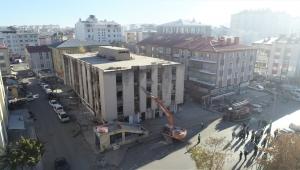 Sivas Belediyesi Kaçak Yapıya Geçit Vermiyor