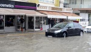 Ankara'da sağanak, su baskınlarına yol açtı