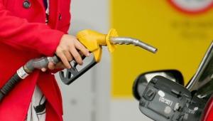 Benzin ve motorine çifte zam geliyor!